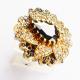 Крупное кольцо с ониксом и топазом